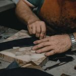 Leather-History-The-Evolution-of-Leather-Industries-craftmen
